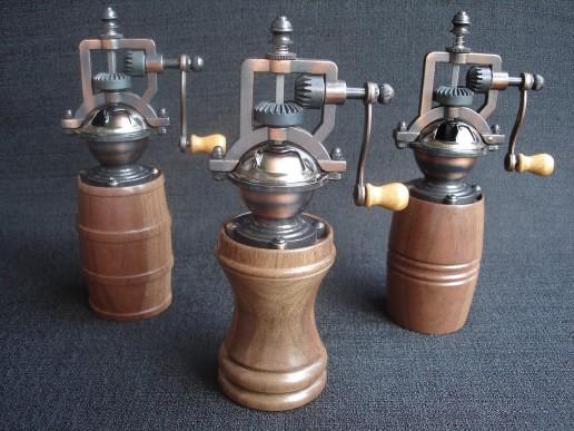 3 antique peppermills